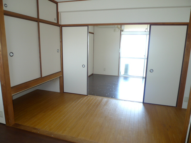 物件番号: 1075910405 サンコーポヒロタ  京都市右京区西京極郡町 2K マンション 画像2