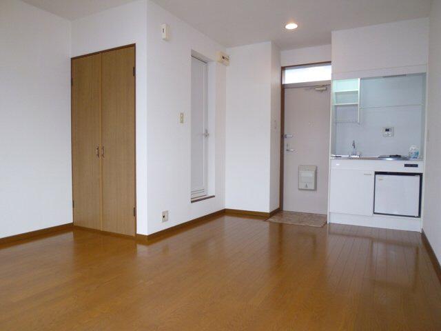 物件番号: 1075917868 ハイツくれしま  京都市左京区田中南西浦町 1R アパート 画像1