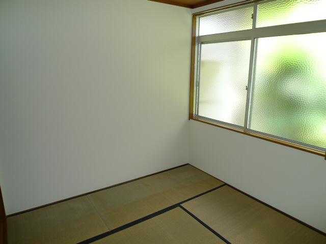 物件番号: 1075918006 修学院ローズハイツ  京都市左京区修学院薬師堂町 2DK ハイツ 画像5