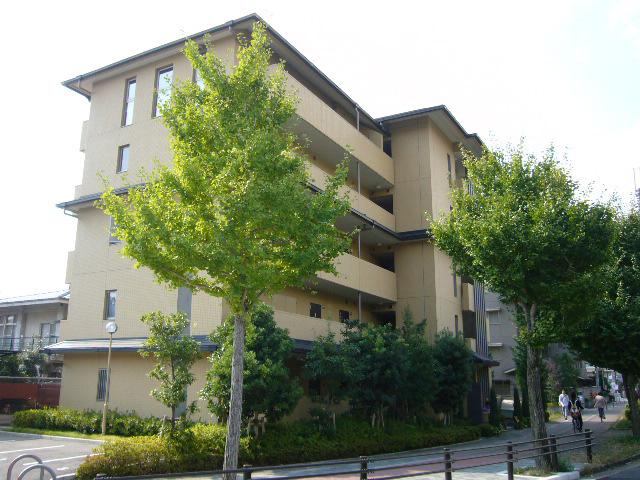 物件番号: 1075918919 CASA CALIENTE  京都市左京区上高野仲町 1K マンション 外観画像
